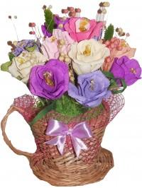 Ceasca impletita cu flori dulci
